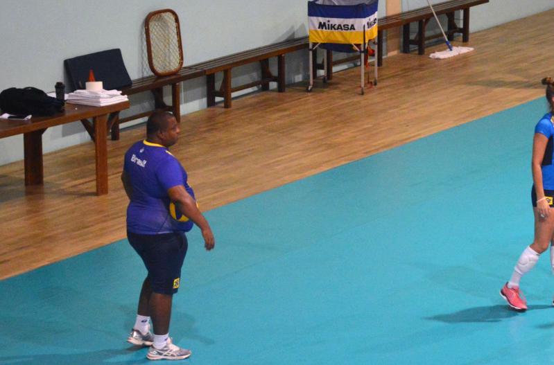 CBV divulga convidadas para treinos em Saquarema
