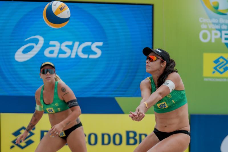 Com novas duplas, torneio feminino tem primeira rodada nesta quinta-feira