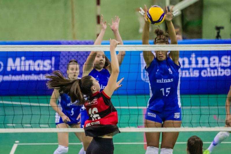 Com tie-break logo no primeiro jogo, competição começa com emoção em Maringá