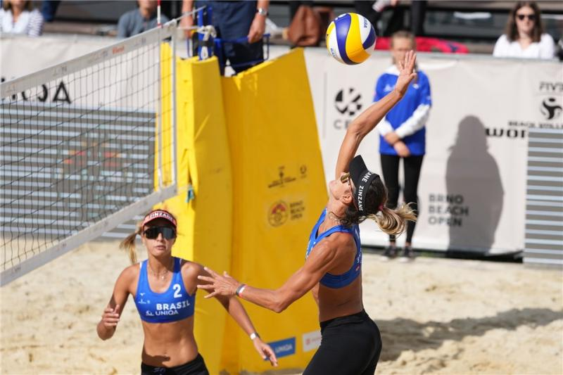Duplas brasileiras encerram participação em Brno na quinta posição