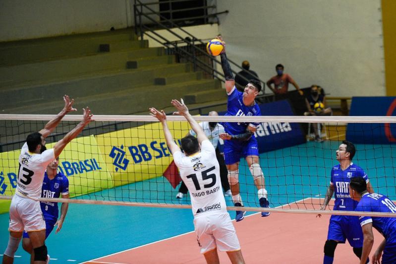 Fora de casa, Minas Tênis Clube vence o Vedacit Vôlei Guarulhos