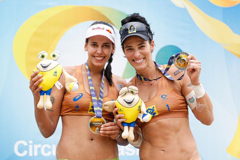 Na semana de sua milésima vitória, Ágatha é campeã da terceira etapa do Circuito Brasileiro ao lado de Duda