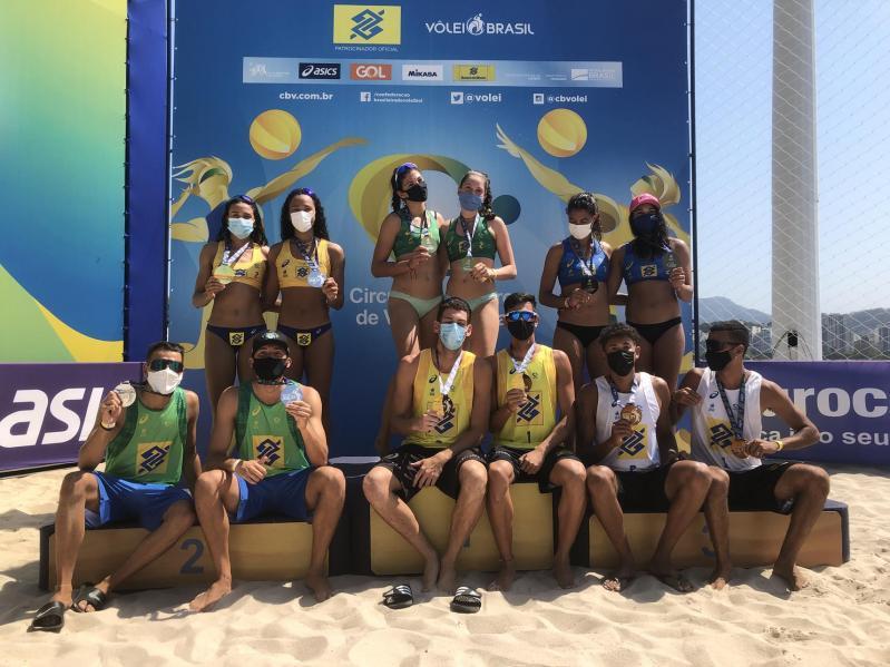 Nina/Carol e Mateus/Gabriel são os campeões da primeira etapa da temporada 2021