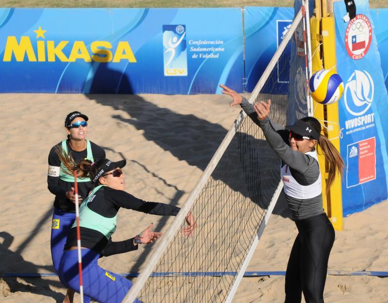 Oscar/Thiago e Andressa/Vitoria alcançam as semifinais no Chile