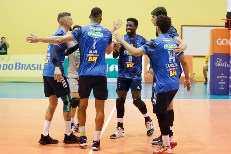 Sada Cruzeiro e EMS Taubaté Funvic disputam a final nesta sexta-feira