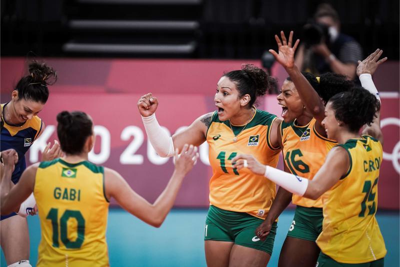Seleção feminina vence Japão e consegue terceira vitória