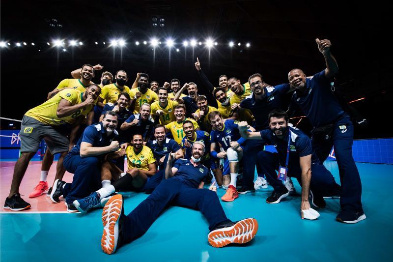 Seleção masculina abre última etapa da fase classificatória contra Itália