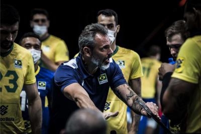 Seleção masculina estreia na segunda semana contra França