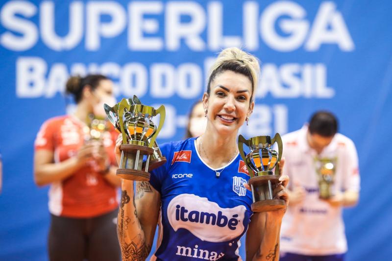 Thaisa é eleita a MVP da competição